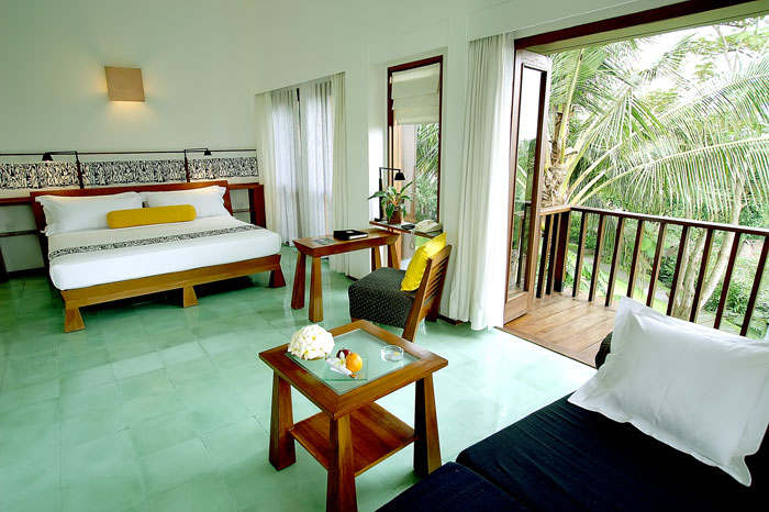maya-ubud-private-villa-interior-1
